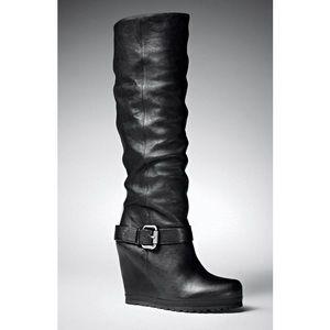 Vera Wang Yael Boot in black